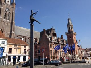 The same statue of the Herbakker from a different angle. This is the main town square in Eeklo, with our restaurant just out of the picture to the right.