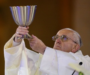 pope_francis_wine_zpsce071b08