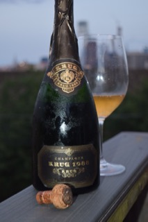 Vintage Krug on the roof.