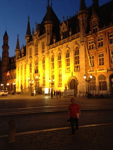 Bruges at night is truly magnificent.